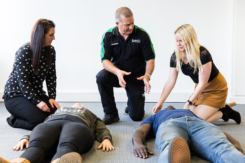 Trainer delivering HSE First Aid at Work course